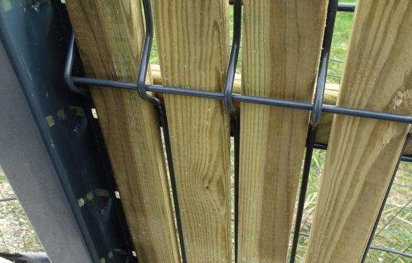 Occultant bois pour clôture rigide